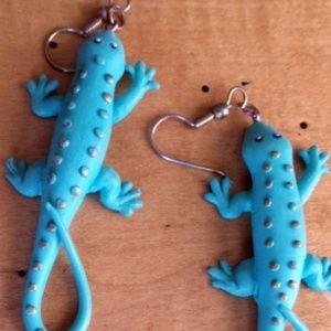 VTG 70s Funky Blue Gecko Pierced Lizard Earrings